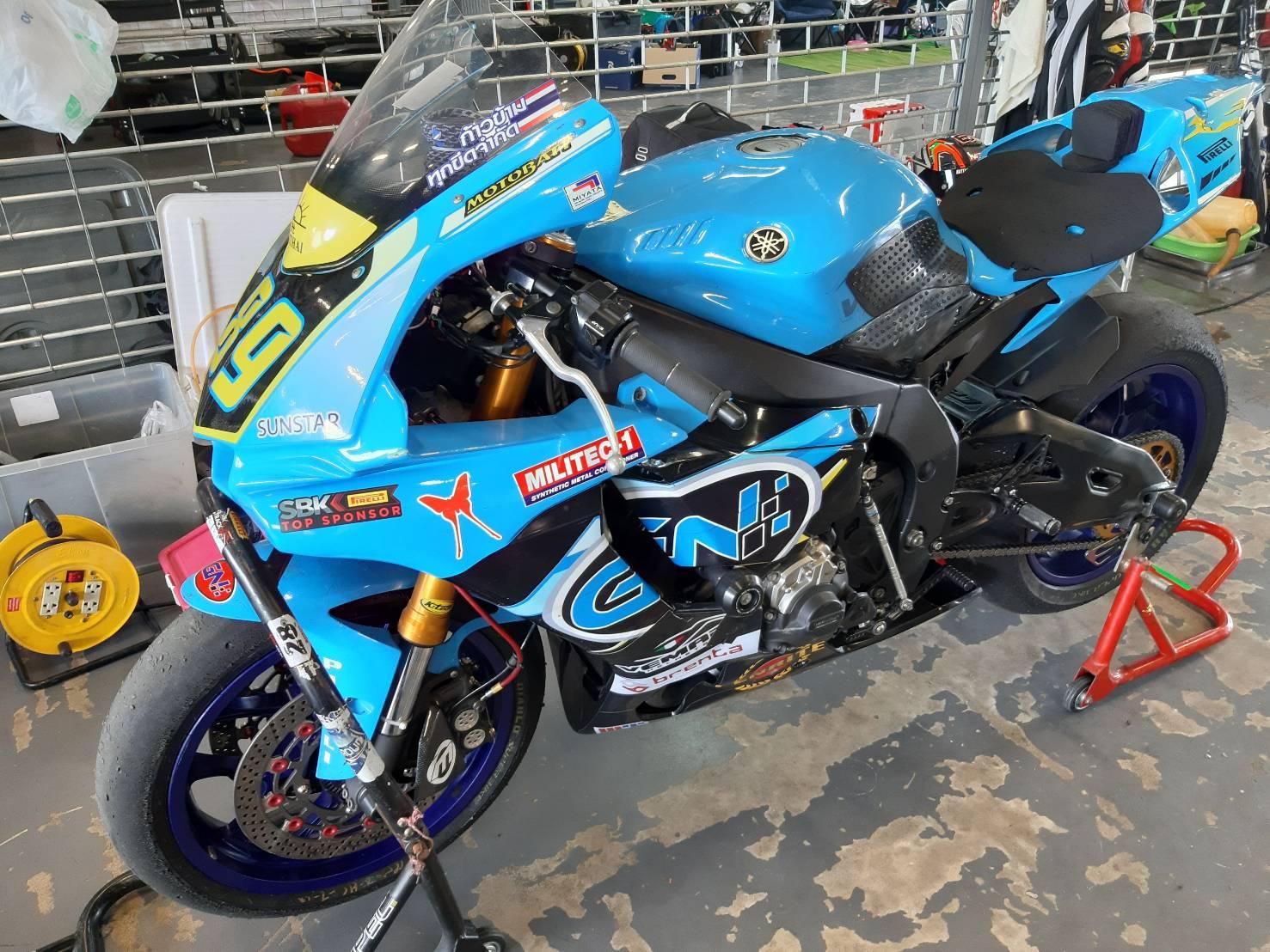 Sunstar ได้เป็น sponsor ให้กับทีม Miyata SC PTT Racing